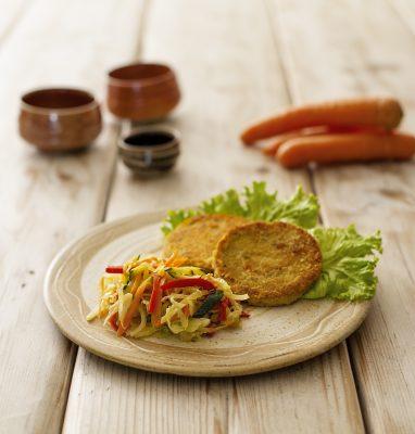 Burgher con lenticchie con verdure saltate